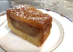 キャラメルりんごのケーキ新.JPG