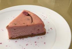 米粉の桜チーズケーキ.jpg